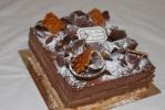 chocolat gianduja, pralin, riz soufflé, biscuit macaron