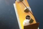mousse passion au chocolat blanc, crémeux chocolat au lait, biscuit macaron.