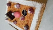 crème légère mousseline, biscuit amandes, framboises